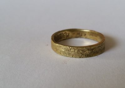 14k gold, 'at the battle of Hastings' a nice example of wabisabi